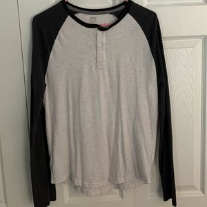 Old navy men's two toned grey long sleeve small